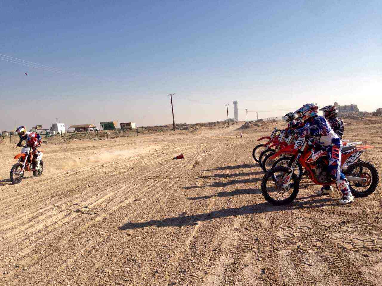 Dirt bike dubai dirt bike riding in dubai dirt bike dubai for all skills levels voltagebd Image collections