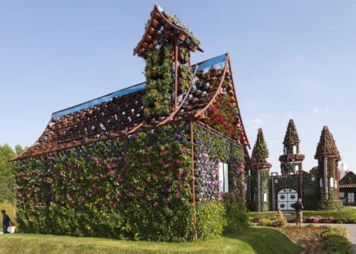 Dubai attractions - Dubai Miracle Garden