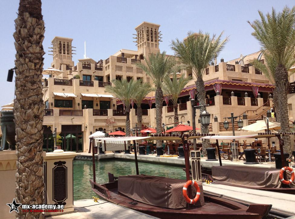 Things to do in Dubai - Souks - Visit the souks in Bur Dubai